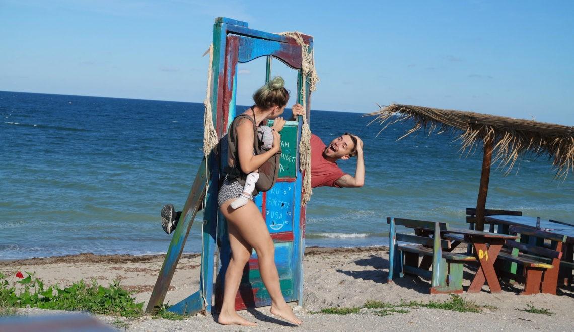 Vacanțele în 3: Distracție sau Haos?