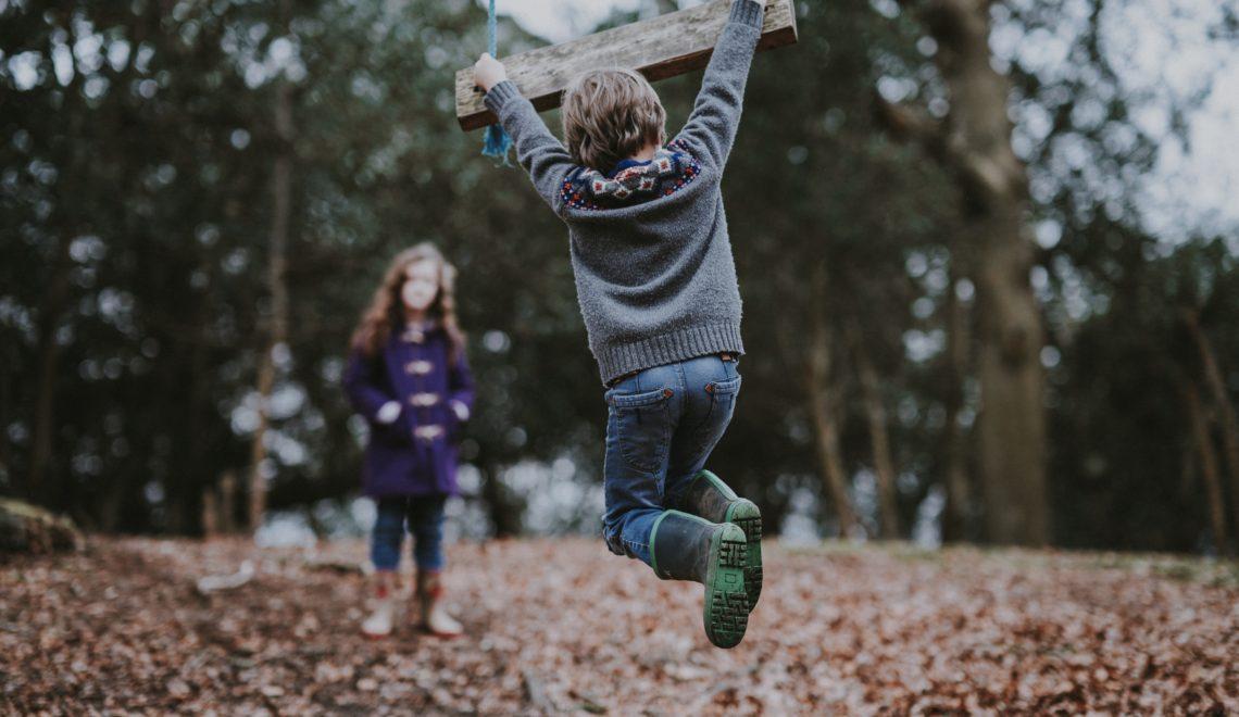 Păduchii – Problema pentru care izolăm copiii, fără să fim informați!